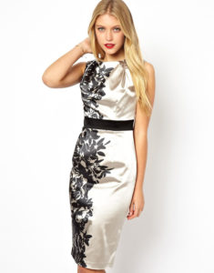 платье черно-белое с принтами