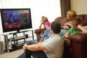 долго-смотреть-телевизор