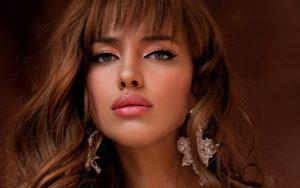 элегантная-женщина