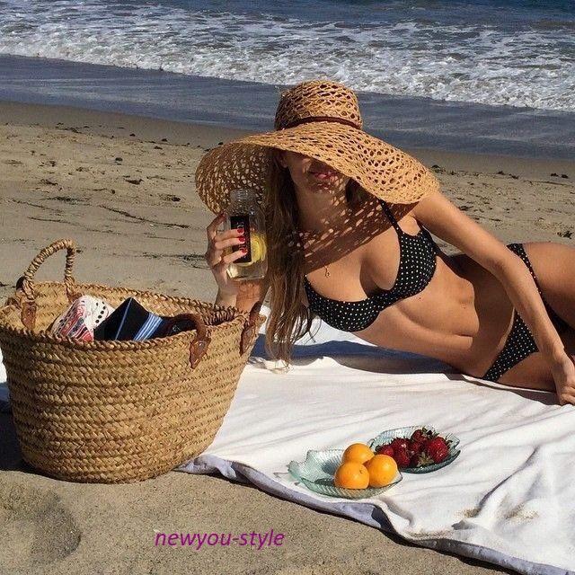 пляжная шляпка и сумка