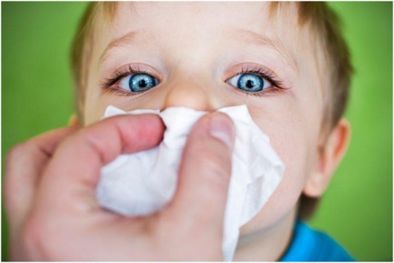 Зеленые сопли у ребенка - причины и лечение в домашних условиях