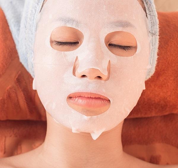 как наносить корейскую тканевую маску на лицо